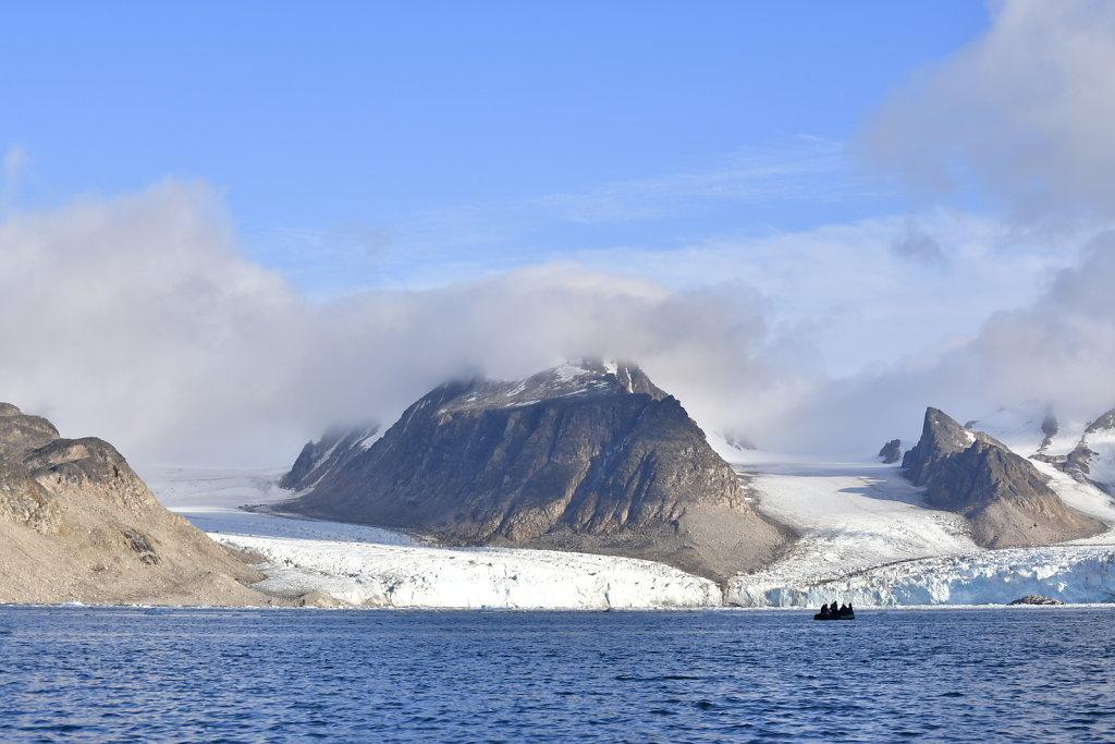 Norse scene dwarfs boatArctic View, 2018