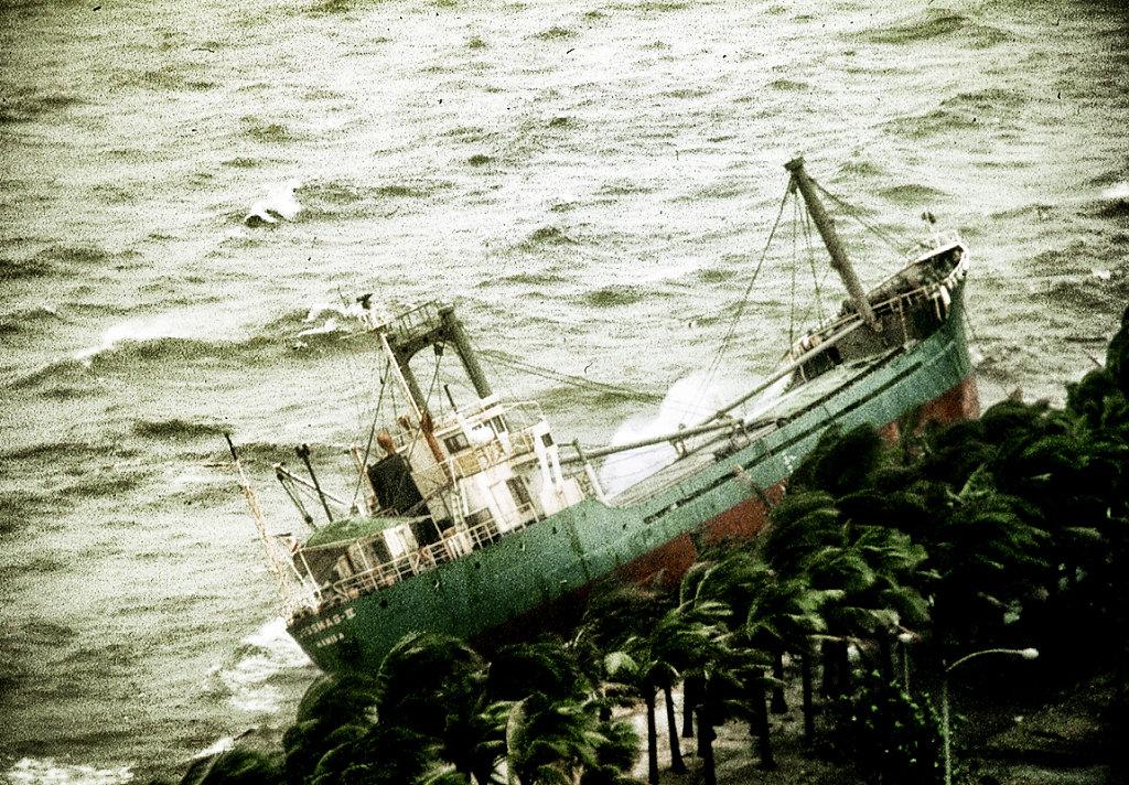 Typhoon in Manila 2