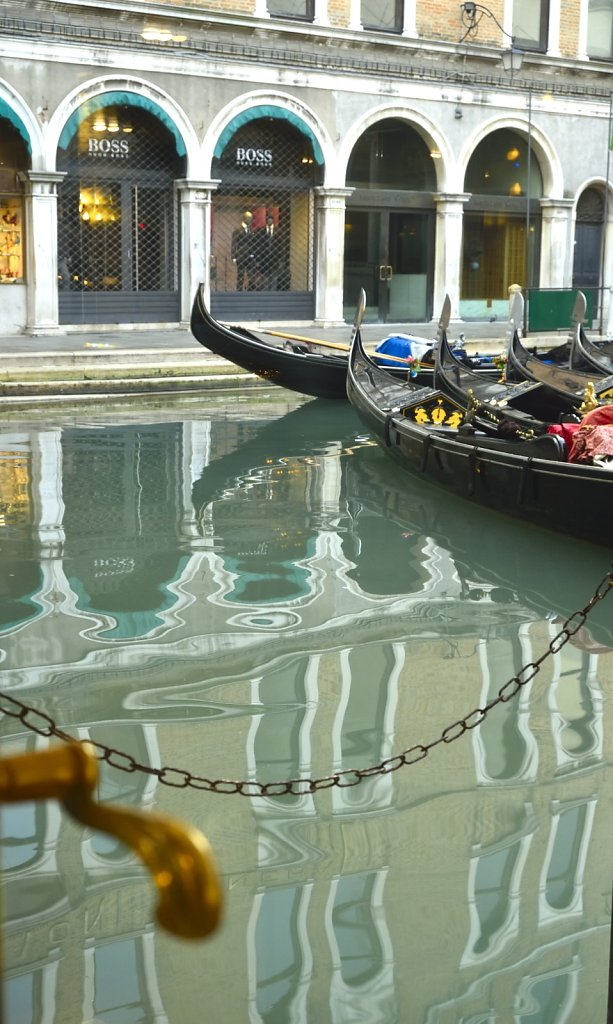 Gondolas waiting for you to hire them.